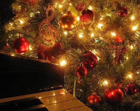 Holiday party piano